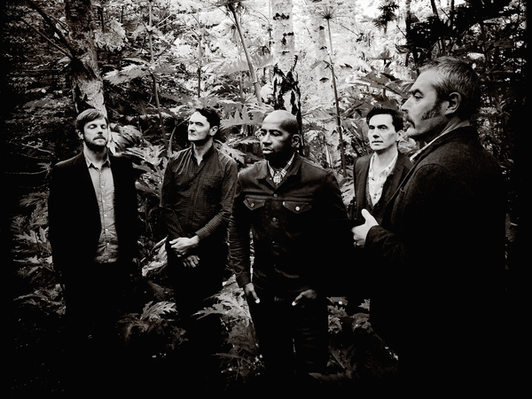tindersticks-2015-richard-dumas-ip4-main