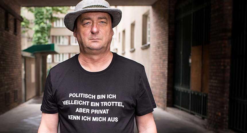 """Neue Bühnenprogramm: """"GRÜNMANDL Politisch bin ich vielleicht ein Trottel, aber privat kenn ich mich aus"""""""