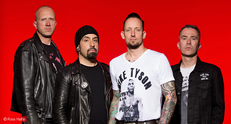 volbeat-c-ross-halfin-800
