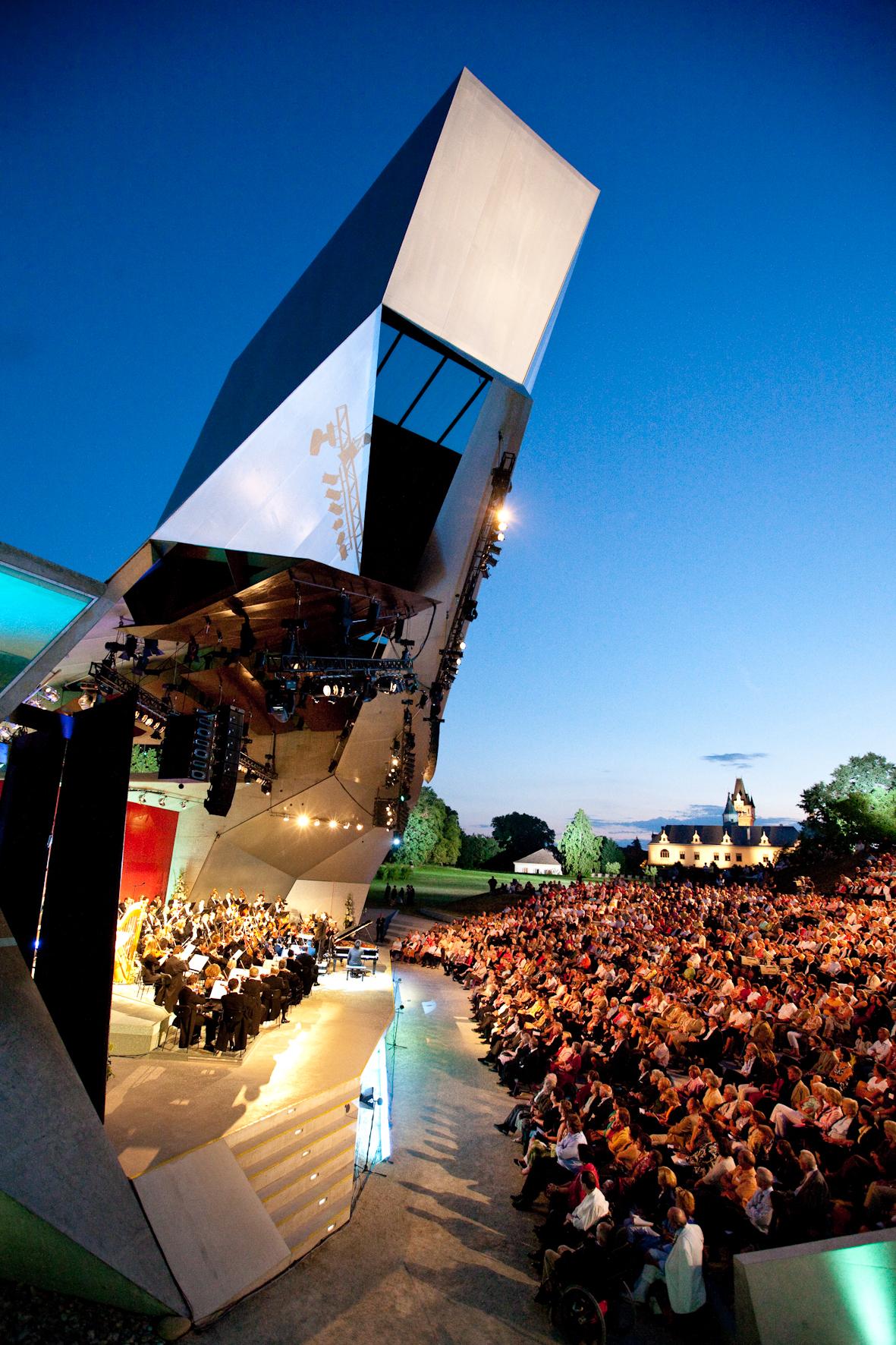 Tonknstler-Orchester Niedersterreich - menus2view.com