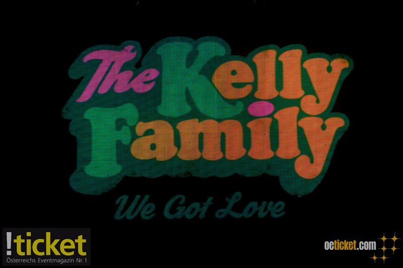 kelly-family-1